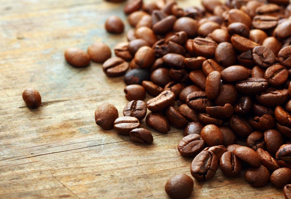 Benefícios e malefícios da cafeína No inverno, ajuda ou atrapalha