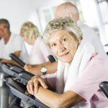 Como evitar quedas em idosos: entrevista sobre fragilidade com Dra Simone Biesek